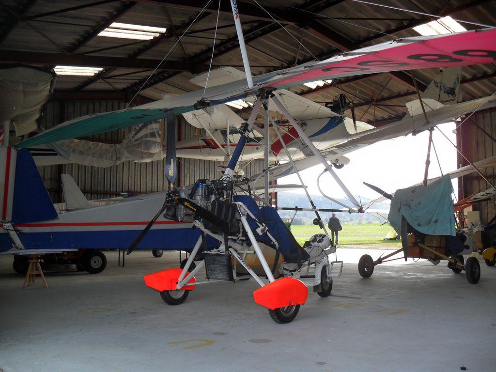 ULM-regio-vieux-ferrette-clubhouse-hangars-02