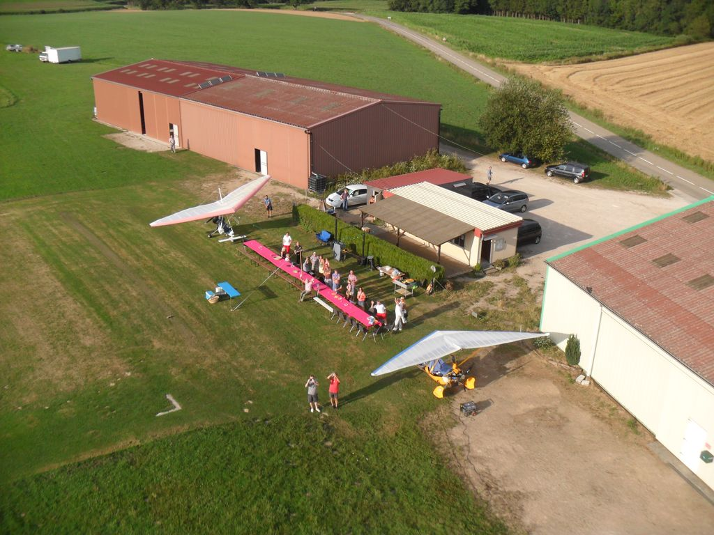 ULM-regio-vieux-ferrette-clubhouse-hangars-06