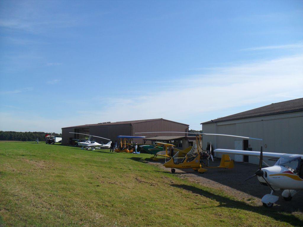 ULM-regio-vieux-ferrette-clubhouse-hangars-07