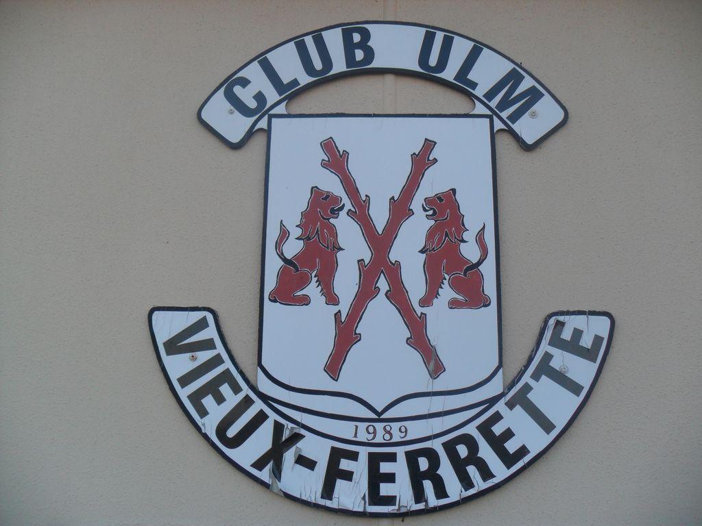 ULM-regio-vieux-ferrette-clubhouse-hangars-10